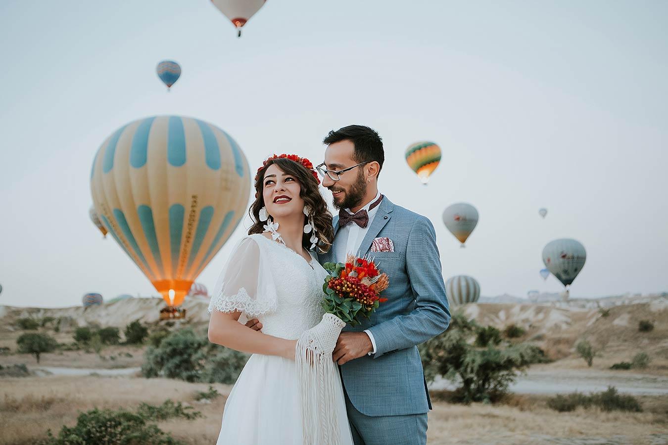Kapadokya-Balon-düğün-dış-çekim-kapadokya-gün-doğumu-balon-gelin-damat-dış-çekim-gelinbaşı-gelin-makyajı-Kapadokya-düğün-fotoğraçısı-düğün-albümü-3